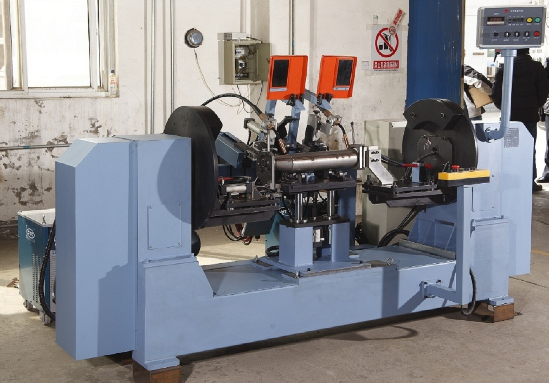 双主动环缝焊接专机